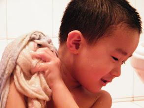 Photo: i can bath myself.