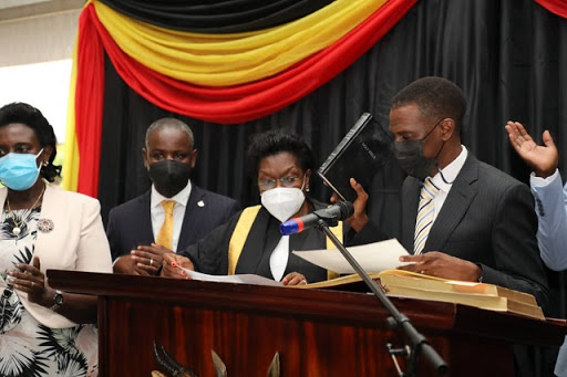 Last batch of ex-officio ministers take oath in Parliament