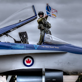 Showing the Colors by Randy Burt - Transportation Airplanes