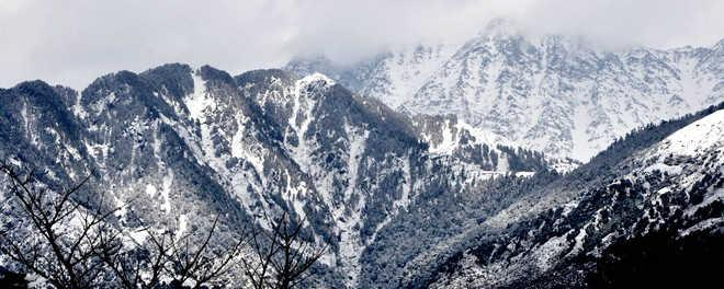 Image result for Dhauladhar ranges image