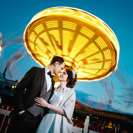 Wedding photographer Vitaliy Antonov (Vitaly). Photo of 08.09.2017