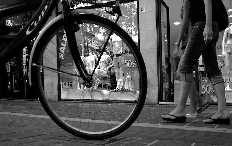 Street down... di R. Depratti