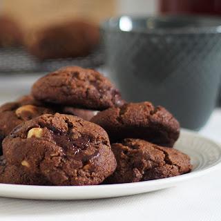 Chocolate & Macadamia Nut Cookies.