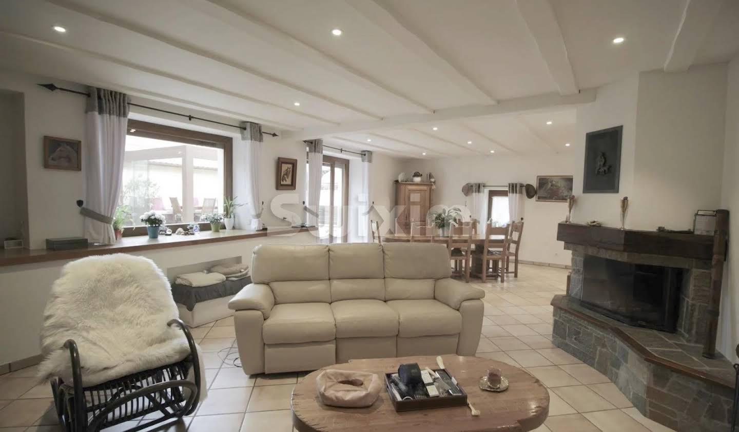 Maison avec terrasse Pers-Jussy