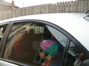 Photo: Ajándék-autózás Gyenes Károly bácsi kocsijával.