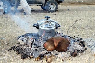 """Photo: Наши монгольские друзья удивили национальным блюдом """"хорхог"""" - баранина вместе с раскаленными камнями зашита в желудок."""