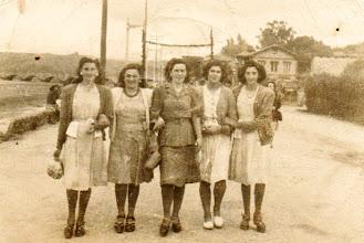 Photo: Chita, Otilia, Encha, Faustina y Liuca.