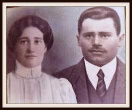 Foto: Lyydia, f. Koskitalo, och Edvard Kangas bröllopsfoto.