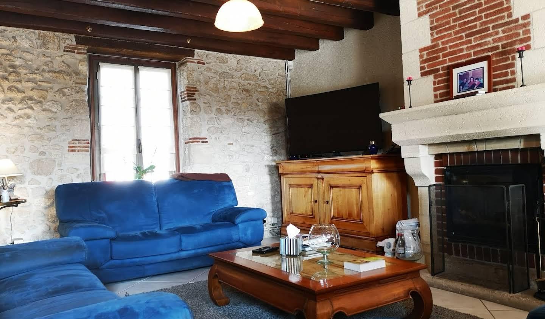 Maison avec piscine et terrasse La Chapelle-Saint-Mesmin