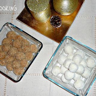 Coconut Cookie Christmas Balls.