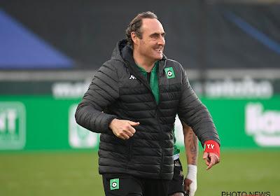 """Vanderhaeghe loodst Cercle (bijna) naar redding: """"Tegen Beerschot getraind om met 10 te spelen"""""""