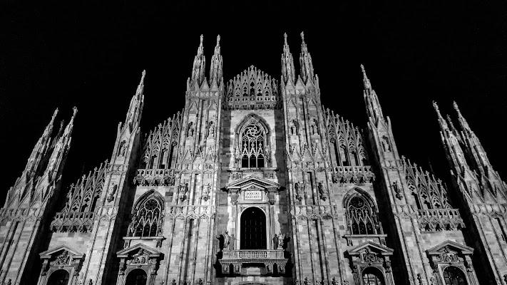 Milan by night di Marina_Dossi