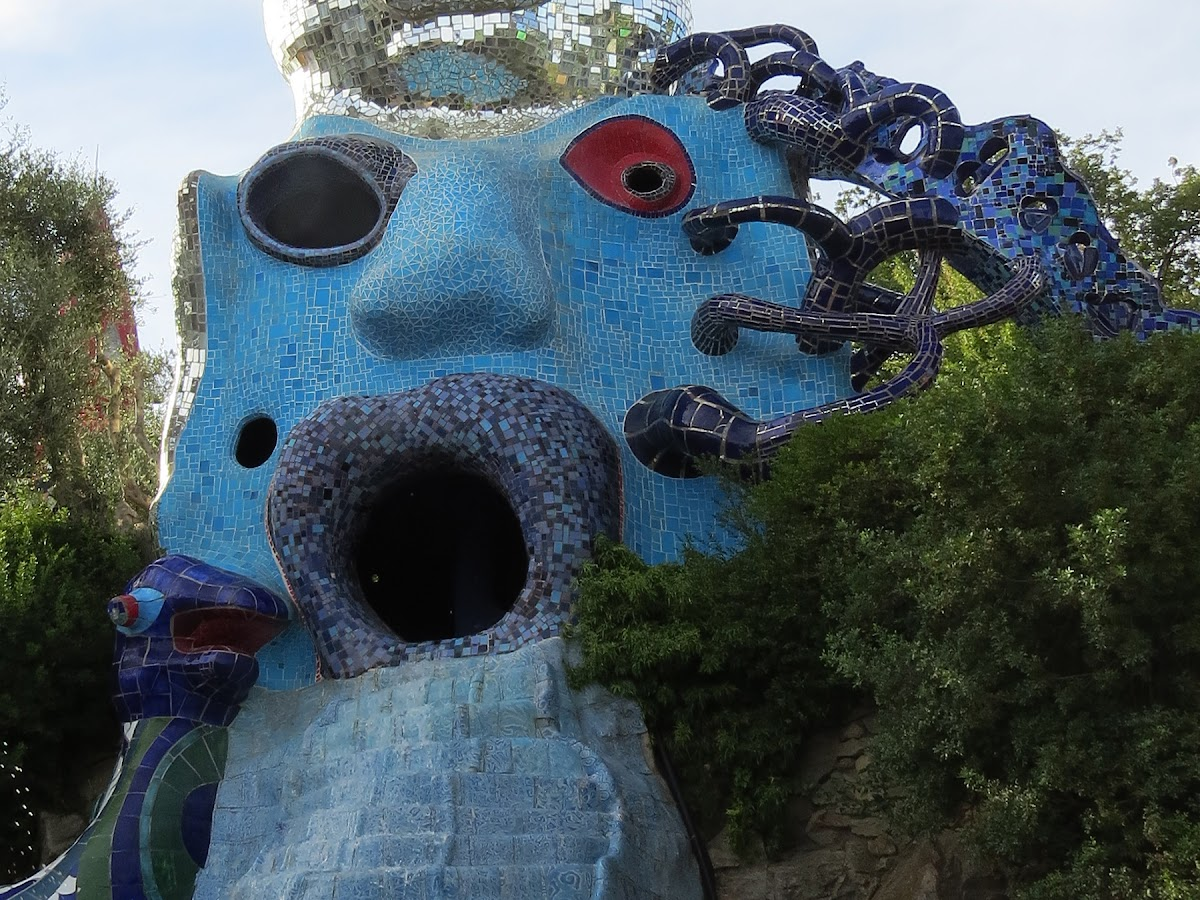 Niki de Saint Phalle, La Papessa (particolare), Giardino dei Tarocchi, Garavicchio (Capalbio)