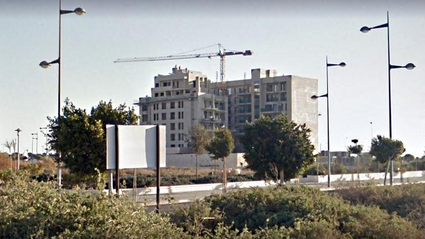 La construcción se ha animado en la zona de la Vega.