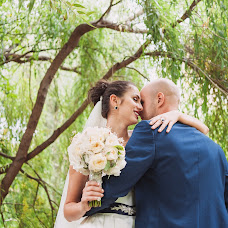 Wedding photographer Mikhail Leschenko (redhuru). Photo of 20.04.2015