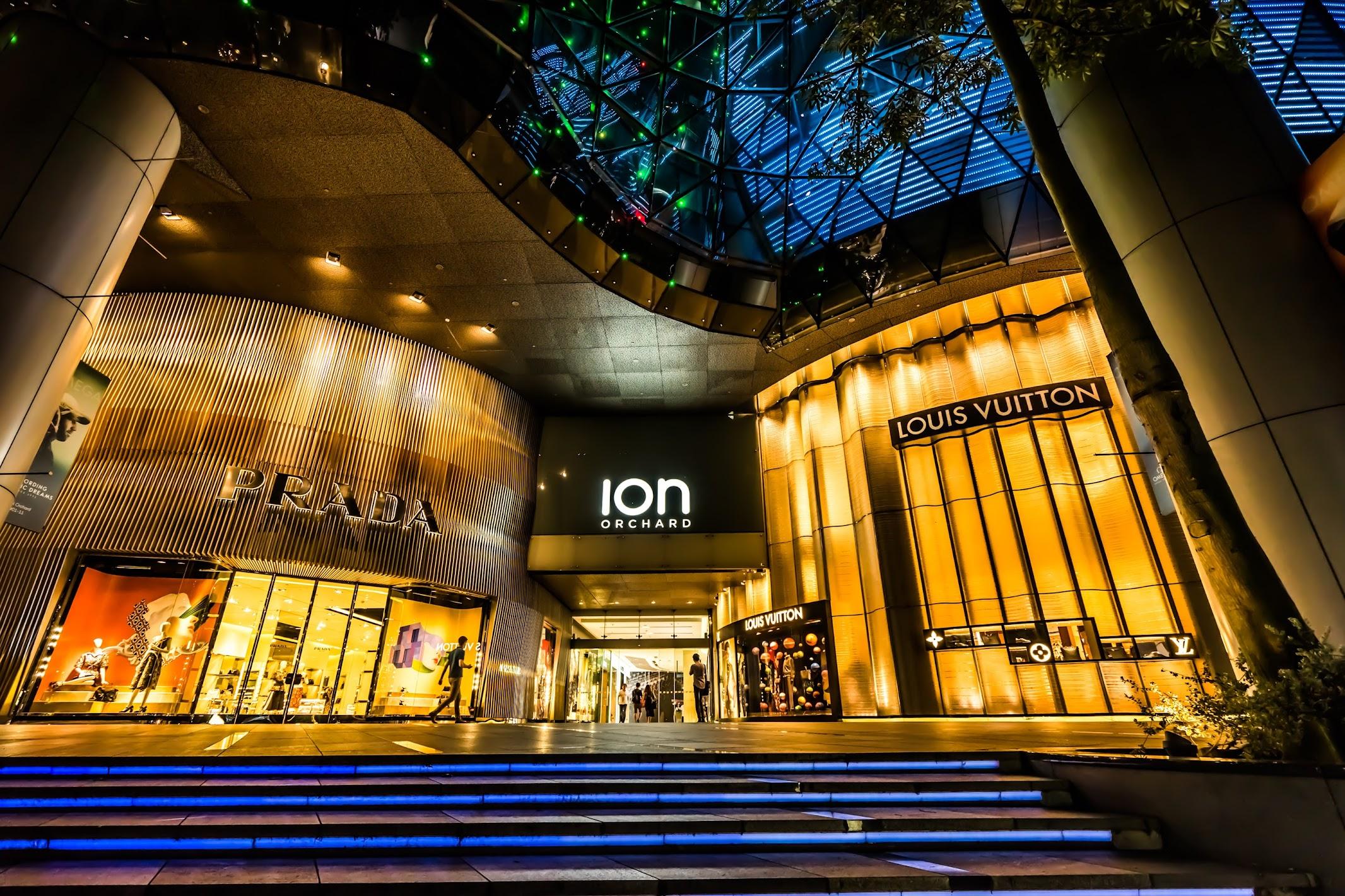 5fb0960c99 Night view of ION Orchard: my last night in Singapore | KOSUBLOG