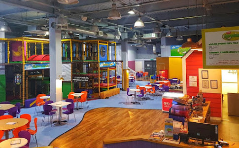 indoor play area for kids parties | Soft play centre in Cheltenham