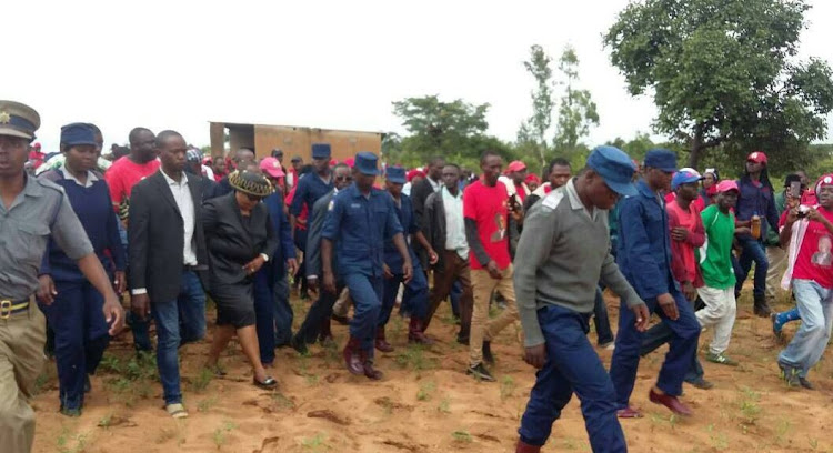 Thokozani Khupes head and that of party secretary general Douglas Mwonzora were escorted out of the premises where Morgan Tsvangirai's was being buried by Zimbabwe Republic Police (ZRP).