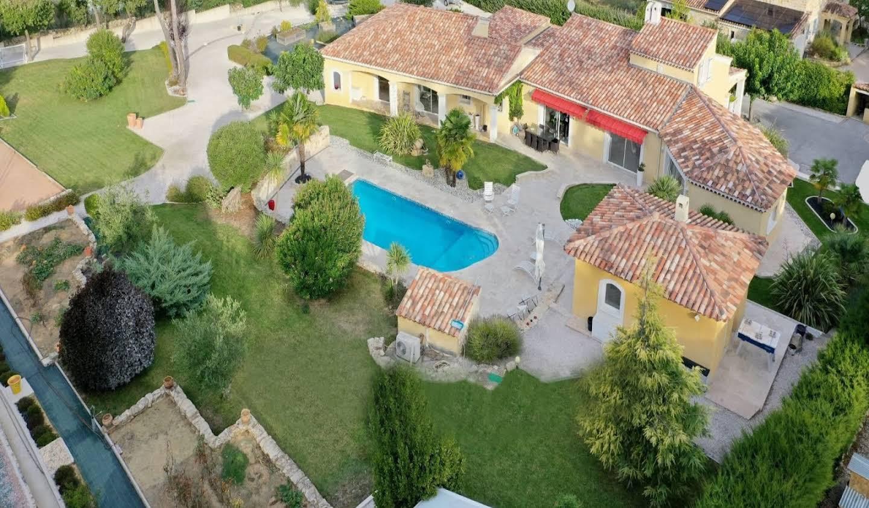 Villa avec piscine Forcalqueiret