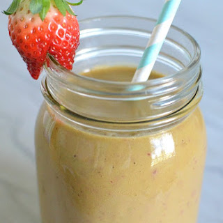Strawberry Banana & Veggie Smoothie