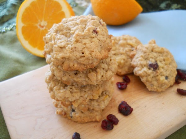 Orange Zested Cranberry And Walnut Oatmeal Cookies Recipe