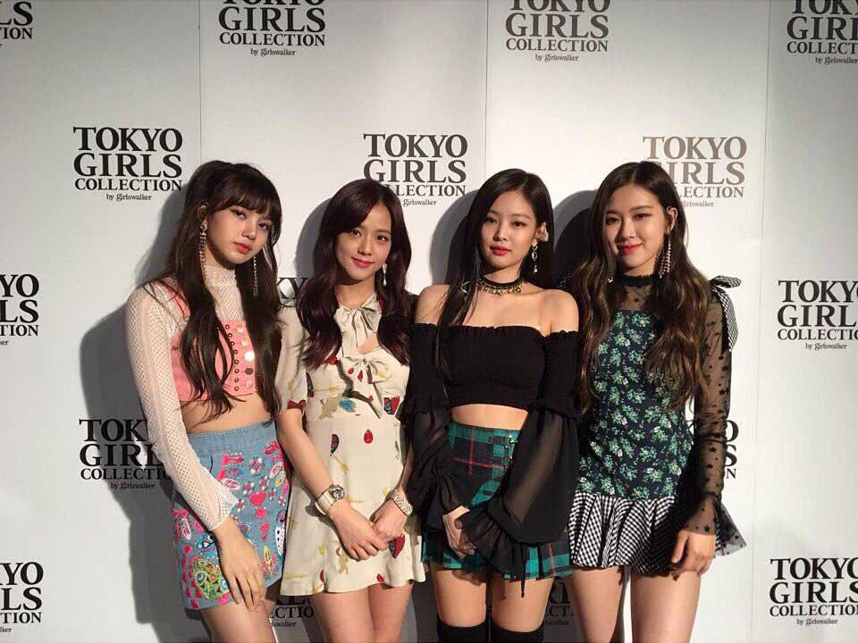 blackpink-instagram-photo-2018-tokyo-girls-collection-2