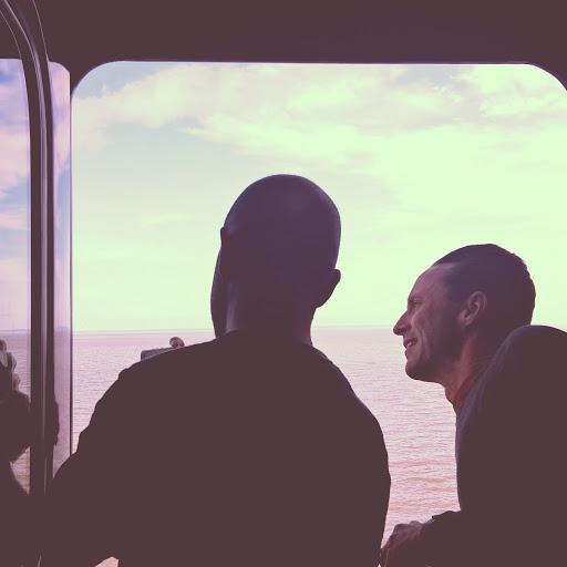 3a InstagramCapture_37bbc284-0c5b-4751-84d0-3bfe181d5f8f.jpg - Nat Geo photographer Stephen Alvarez gives a quick lesson through the train window