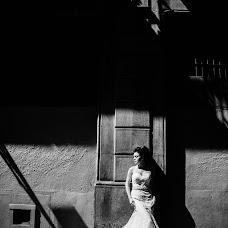 Wedding photographer Anna Gurova (Gura). Photo of 08.12.2018