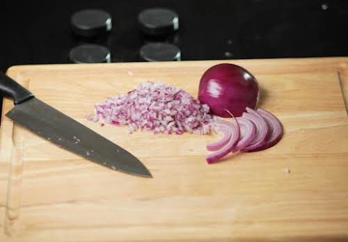 How to Slice and Mince Vegetables Like a Pro | Just A Pinch
