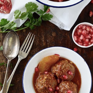 Meatballs In A Sweet, Sour & Spicy Tomato Sauce