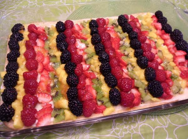 White Chocolate Fruit Pizza Recipe