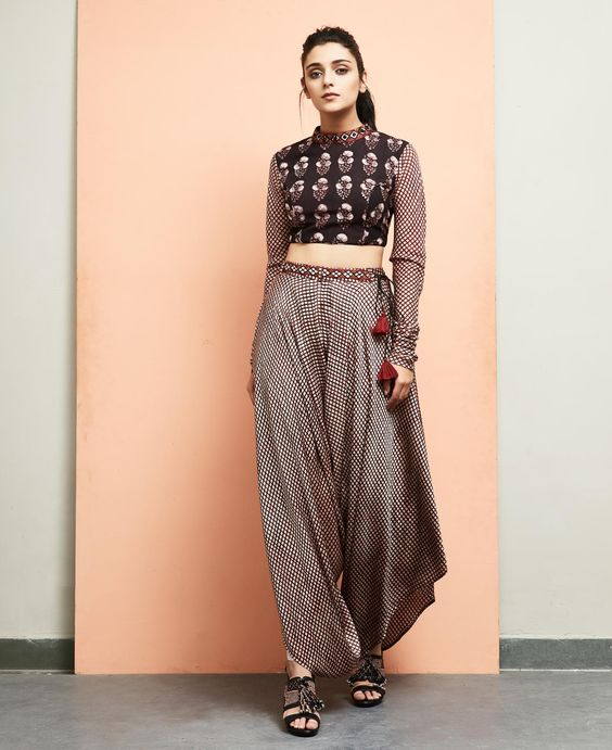 durga-puja-outfit-ideas_indo_western