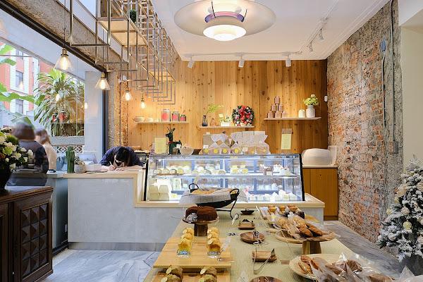 蜜柑法式甜點麵包☞老宅改造新舊靈魂同時賦予的獨特空間,藴藏小巧精緻、清爽不膩口的法式伯爵千層!台中咖啡館、甜點下午茶!