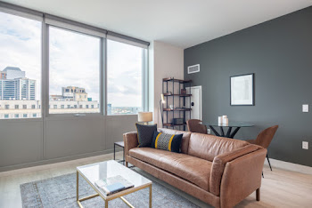 South Michigan Avenue #2508 Serviced Apartment, Southloop