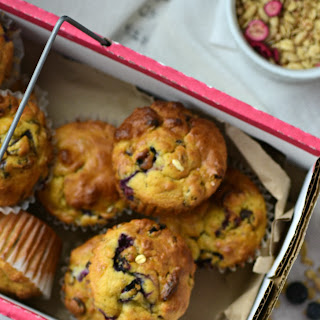 Blueberry, Flax and Granola Muffins Recipe