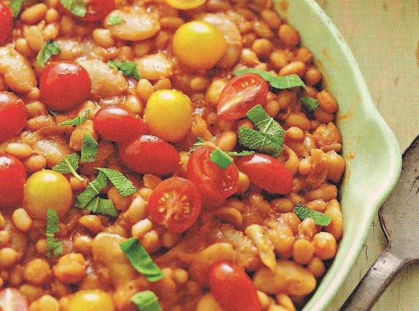 Skillet White Beans Recipe