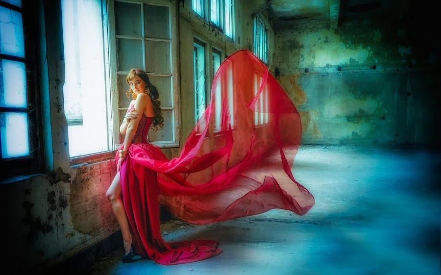 Lady in Red by Eko Susilo - People Fashion ( red lady cute )