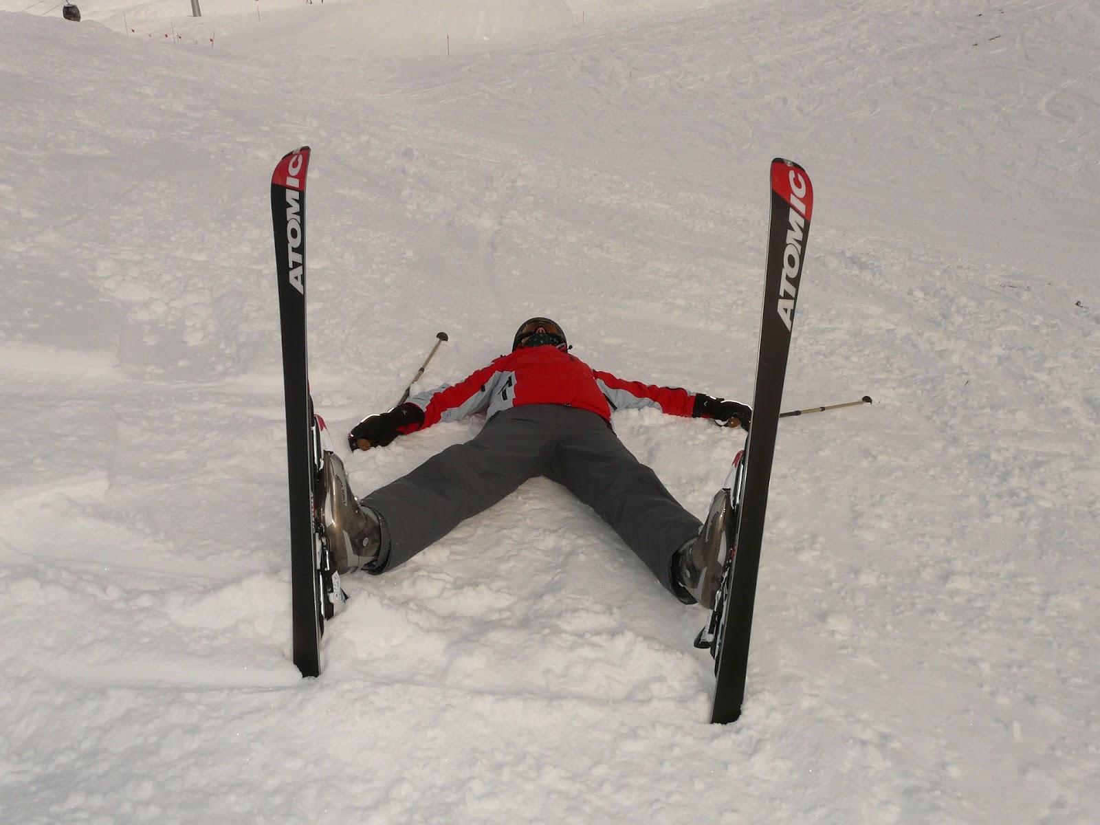 Tiếp đất bằng lưng khi trượt tuyết rơi