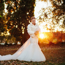 Wedding photographer Nata Rafikova (Rafi). Photo of 15.11.2014