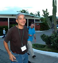 Photo: marc lacey in santiago de cuba. new york times reporter. Tracey Eaton photo.