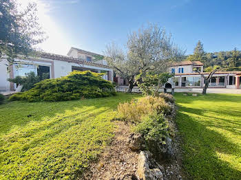 Villa 5 pièces 163 m2