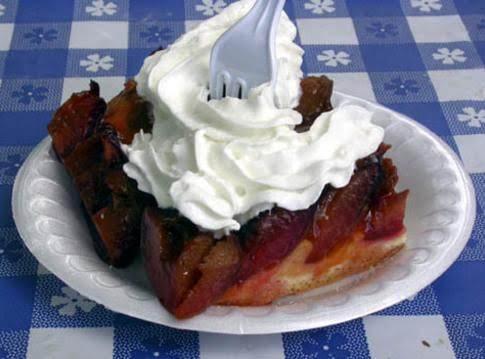 Zwetschgenkuchen (german Plum Cake)