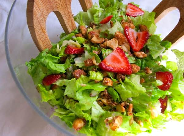 Strawberry Balsamic Salad Recipe
