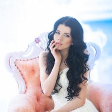 Wedding photographer Natalya Astakhova (AstiN). Photo of 02.03.2014