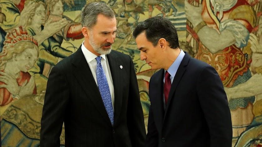 Felipe VI y Pedro Sánchez, este miércoles en la Zarzuela.