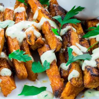Crispy Baked Sweet Potato Fries With Garlic Aioli Dipping Sauce