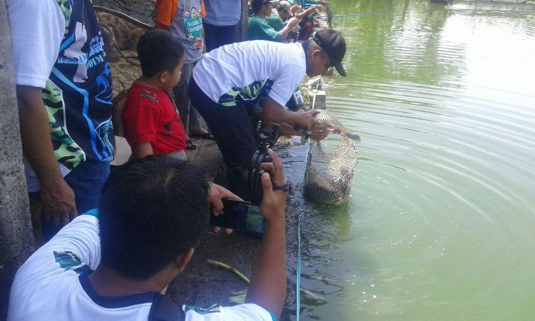 Meriahkan HUT TNI Ke 71, Kodim 0805/Ngawi Gelar Lomba Memancing