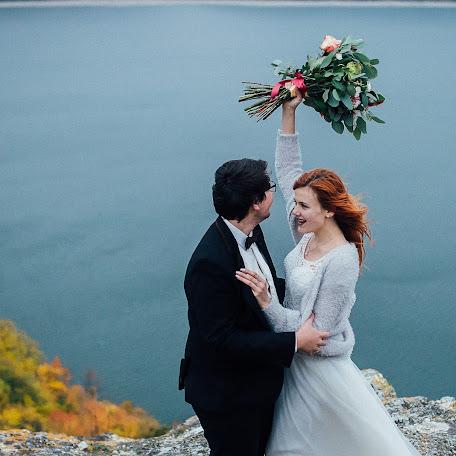 Wedding photographer Volodimir Lesik (Tsembel). Photo of 01.11.2017