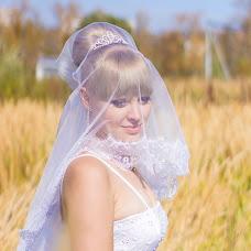Wedding photographer Irina Lomukhina (ChelSi). Photo of 11.03.2014