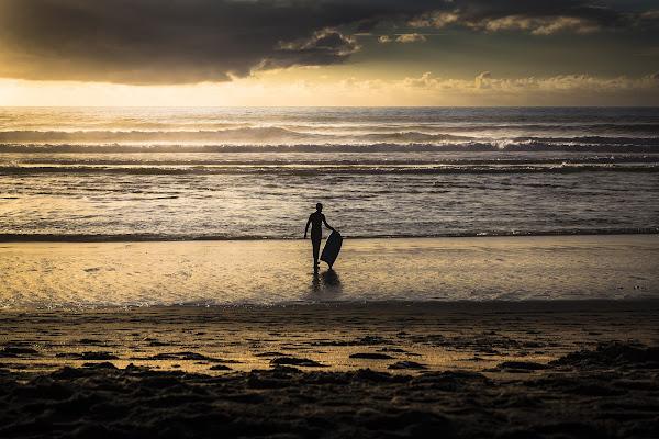 Surfing alone di Gloria Staffa
